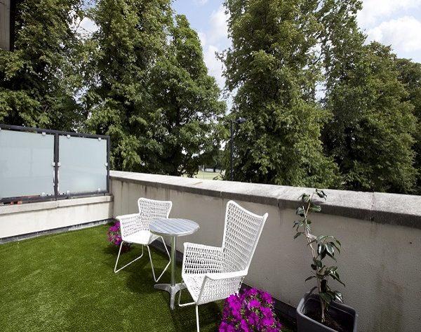 18 Merton Crescent - Balcony