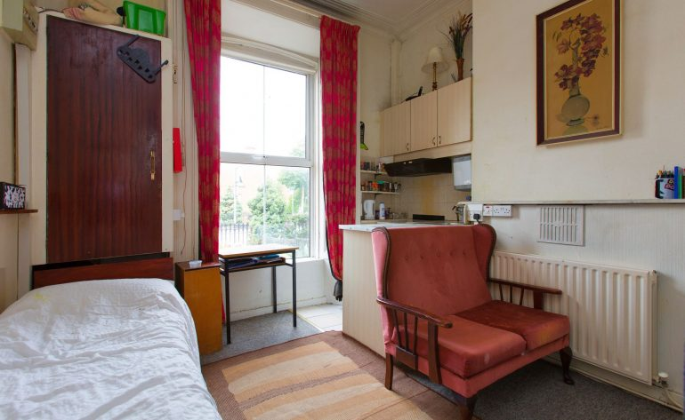 31SouthCircularRoad_1_bedsit 1