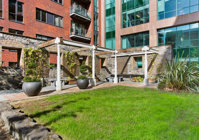 55TheDockMill_13_garden