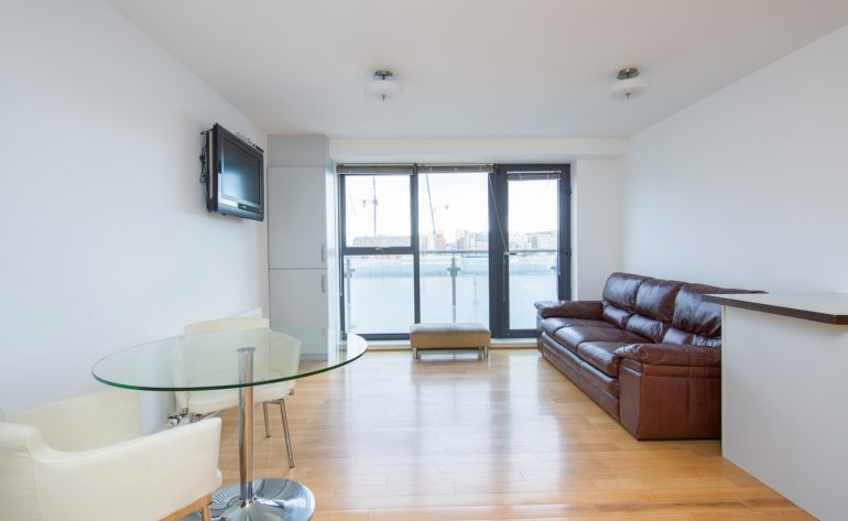 8 Butlers Court - Living room (2)