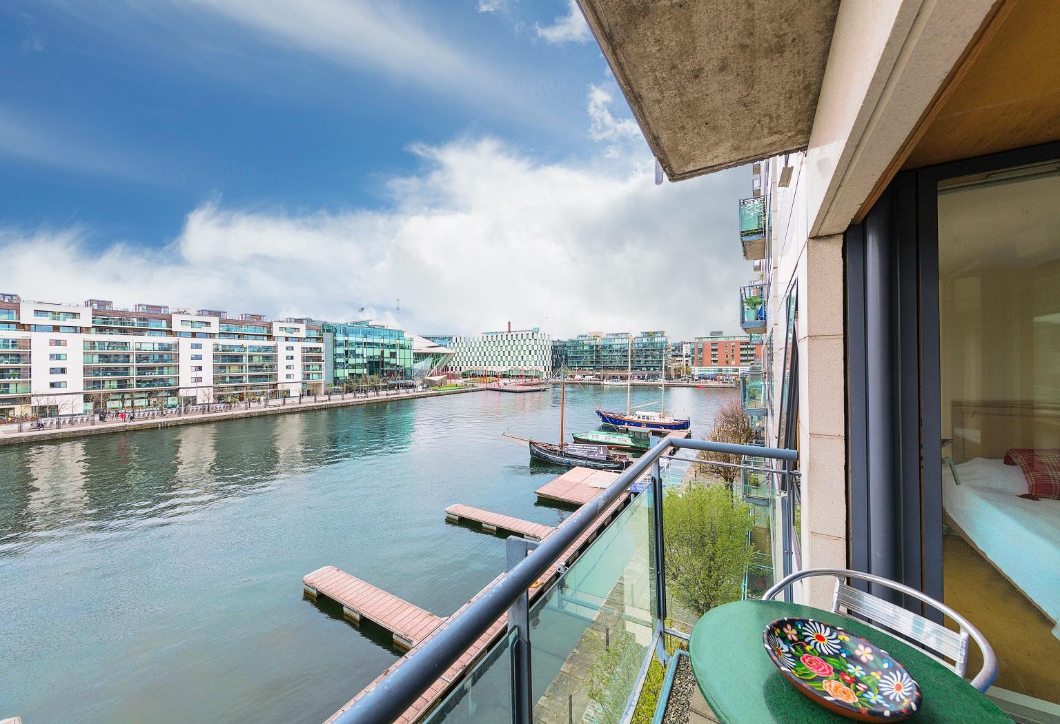 11 The Locks, Grand Canal Dock, Dublin 4
