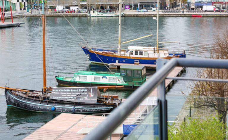 11TheLocks_boats