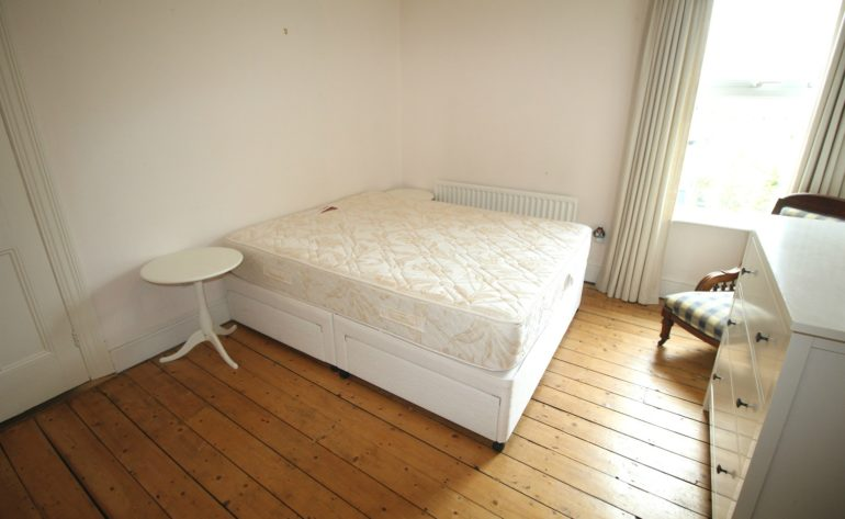 3 Achill Road - bedroom 2 a