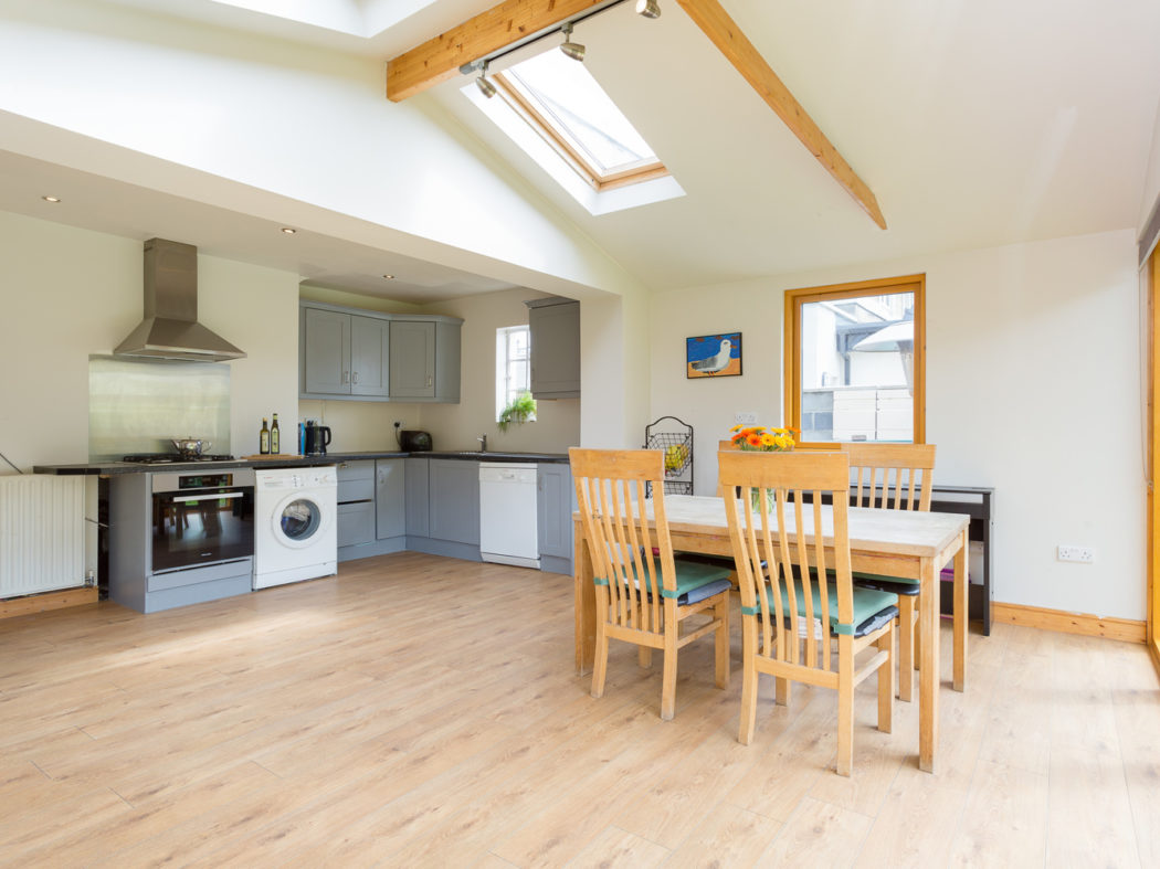 3 Strangford Road - Kitchen
