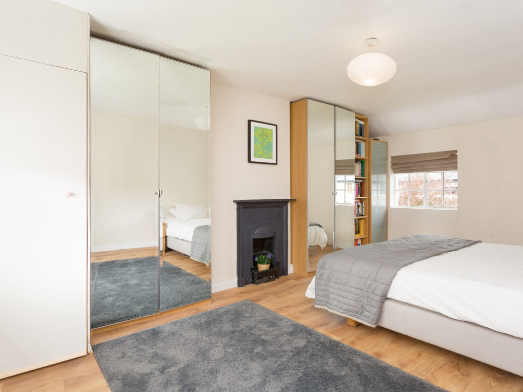 3 Strangford Road - Master bedroom