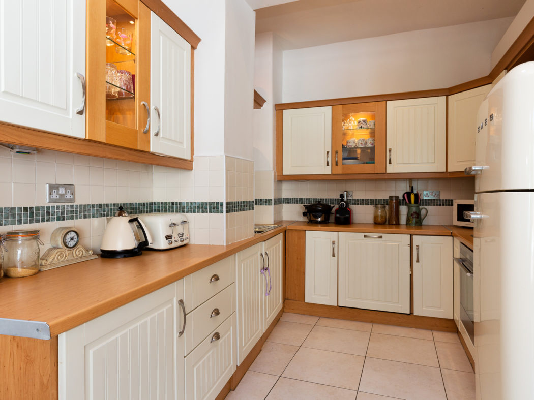 29 Church Road - Kitchen