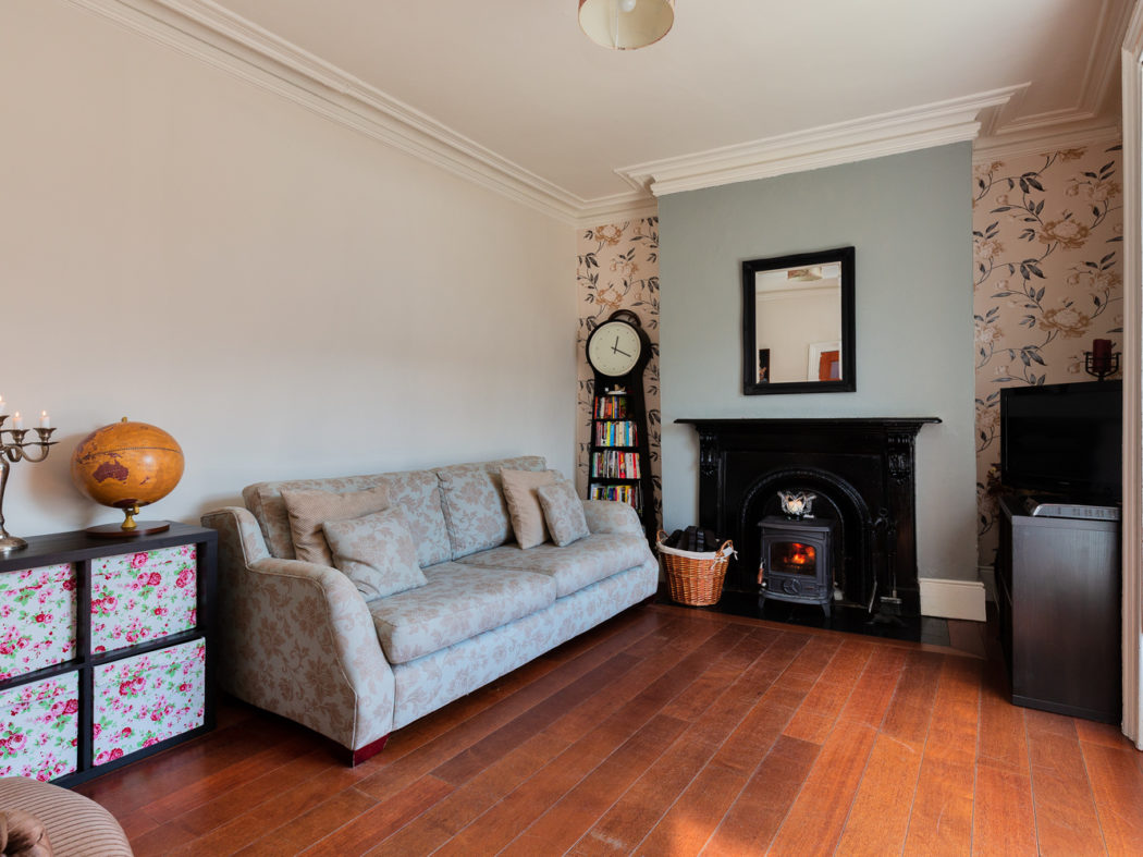 29 Church Road - Sitting room