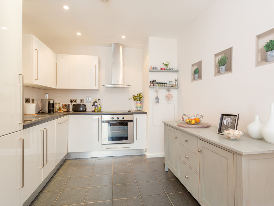 105 Forbes Quay - Kitchen