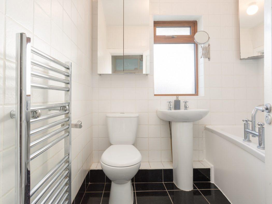 38 o'donovan road - Bathroom