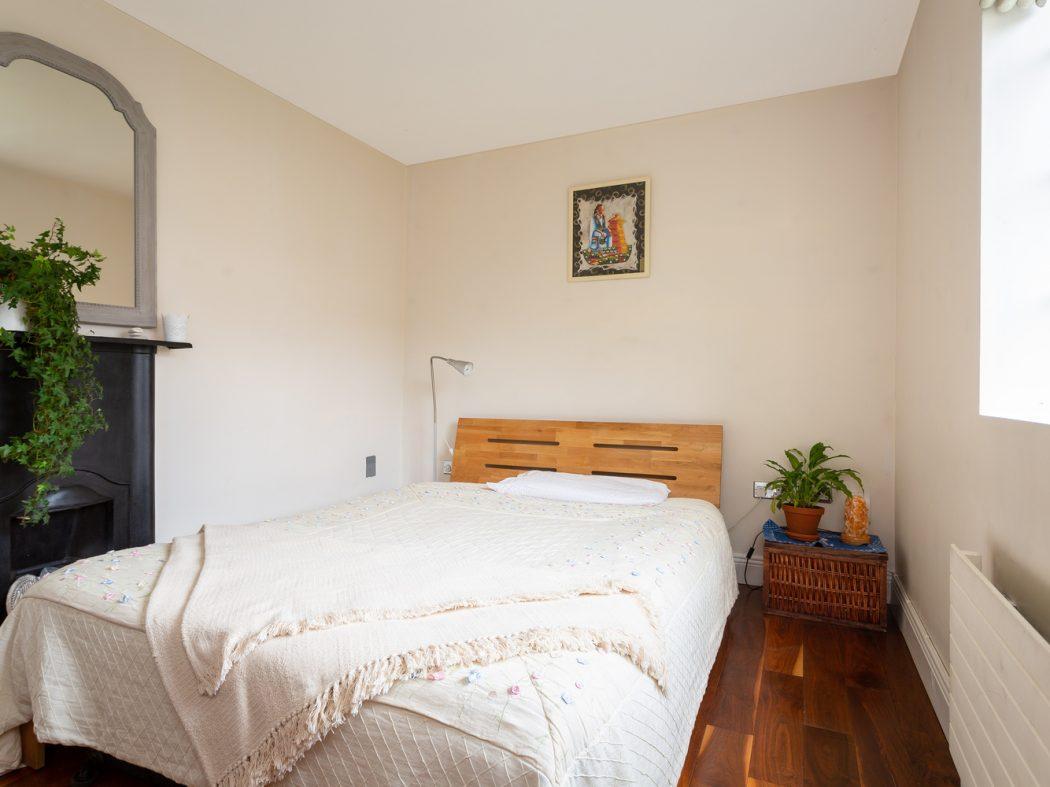 4 Strangford Road - Bedroom 2