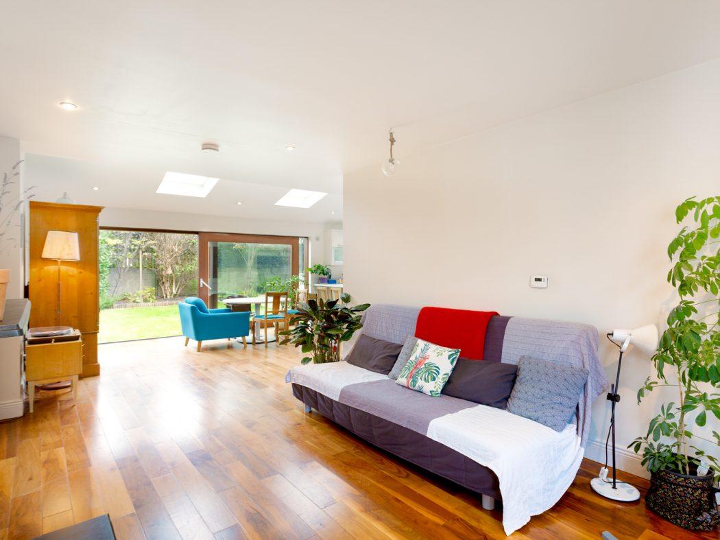 4 Strangford Road - Living room 2