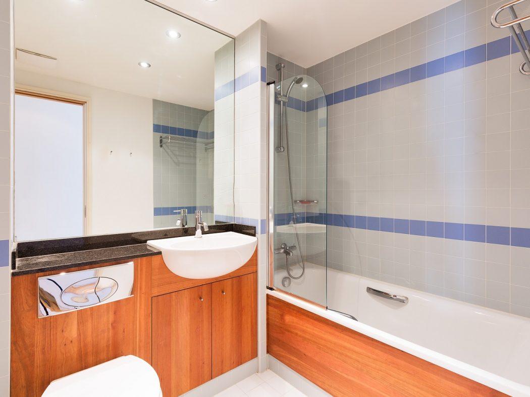 65HanoverDock_Bathroom