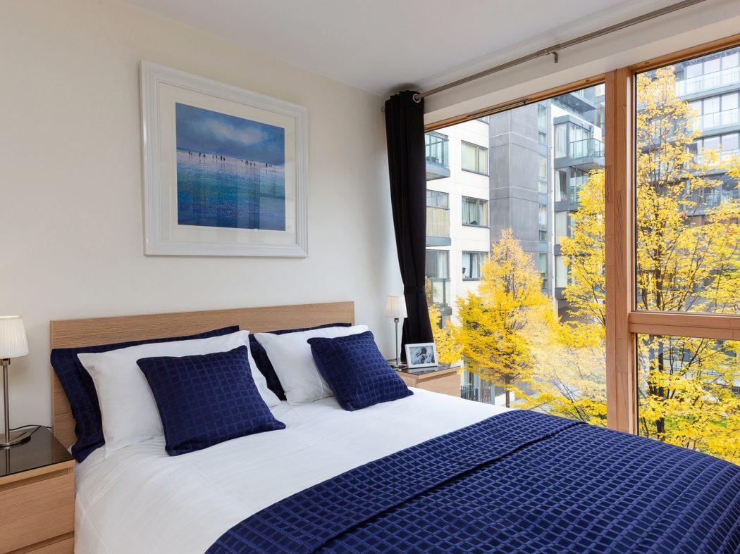 15 Hanover Quarter - Bedroom
