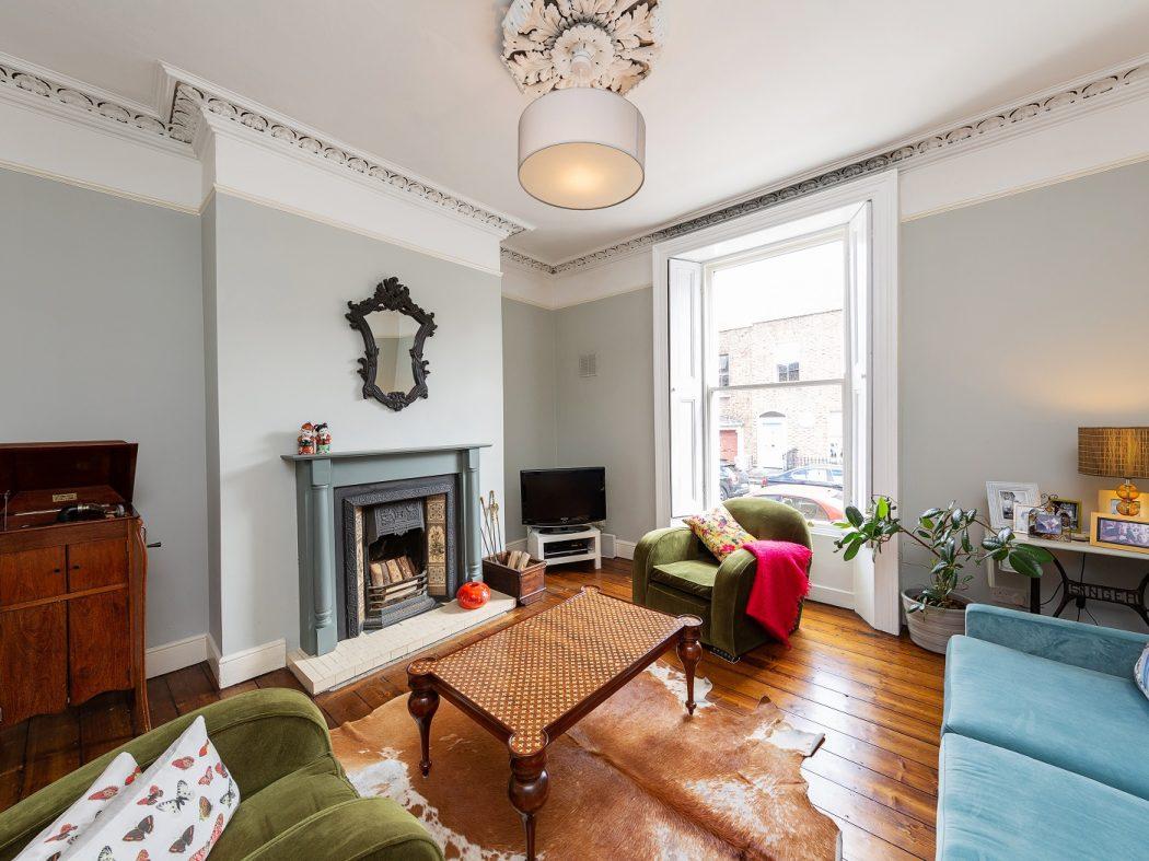 21 Synge Street living room