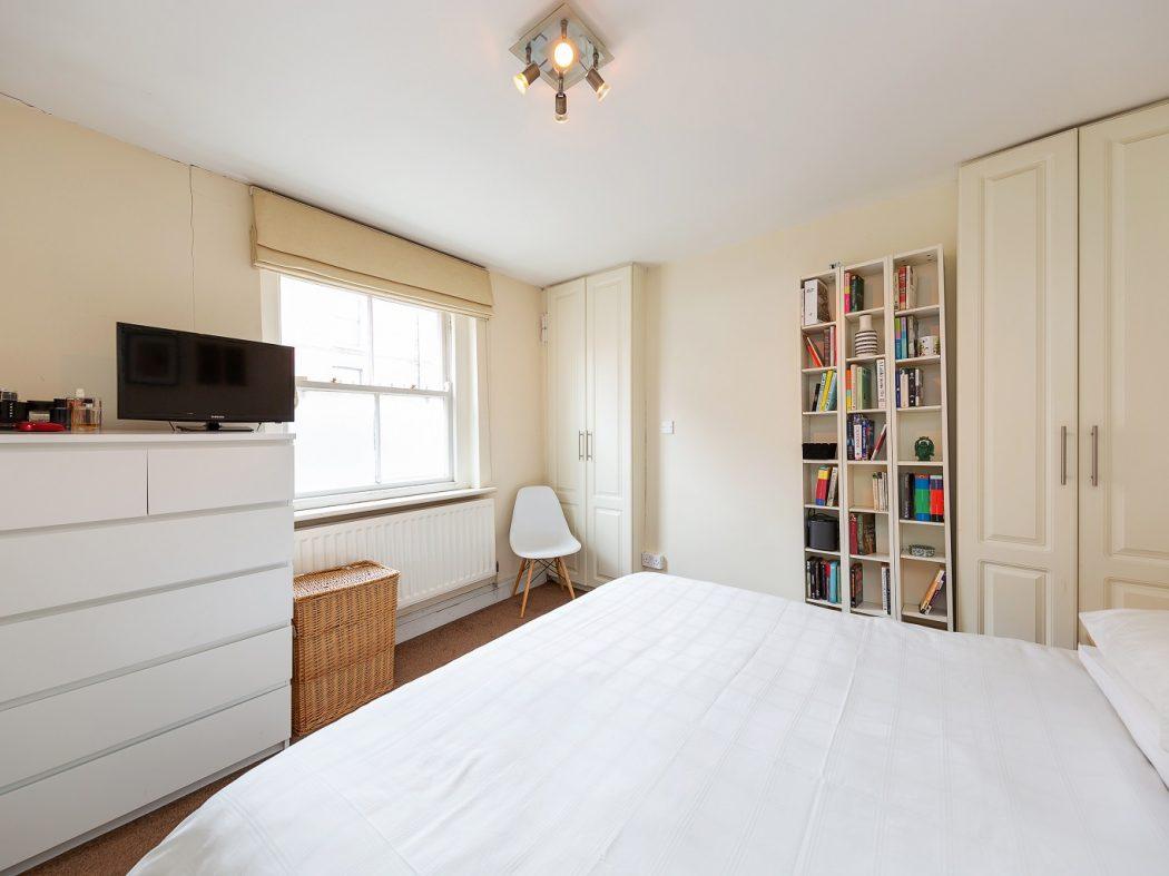 28 St Kevins Parade - Bedroom 1.1