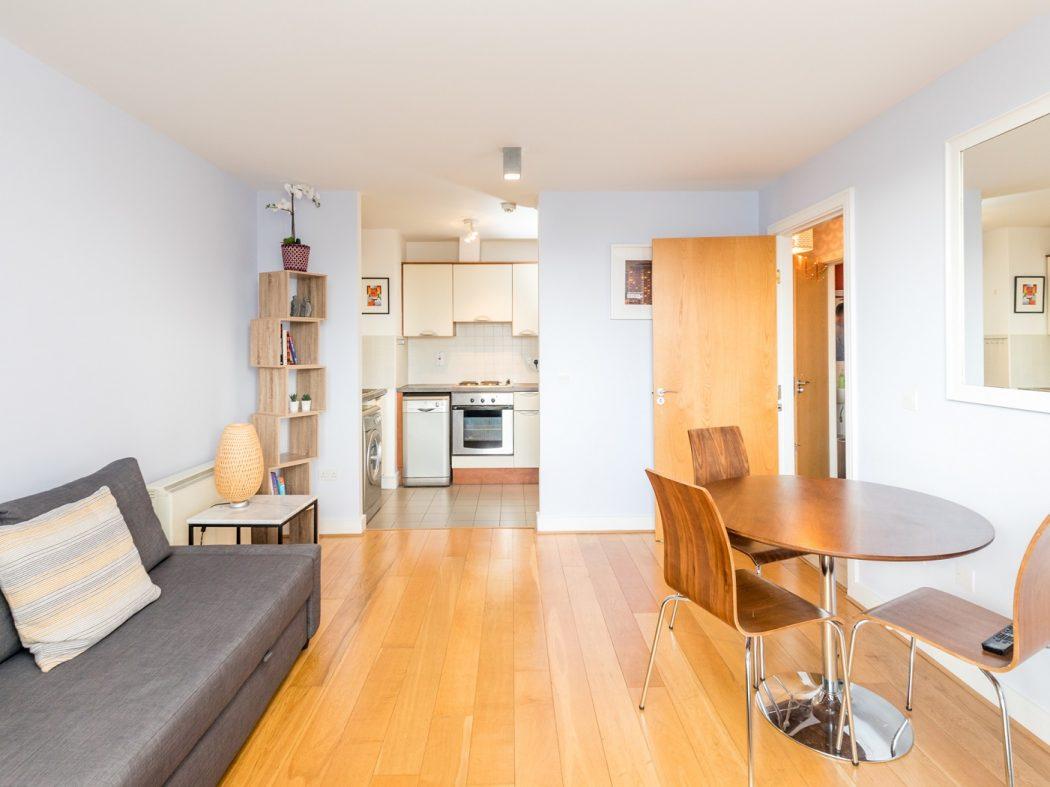49 Greeg Court - Living-Dining room alternative