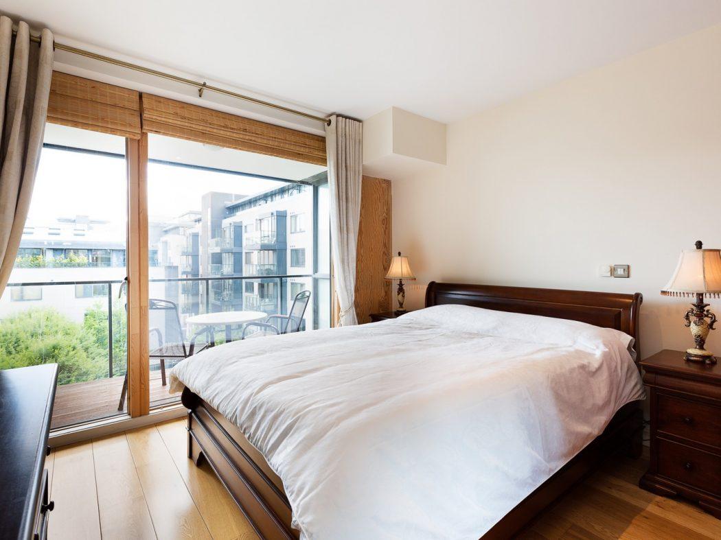 57HanoverRiverside_Master bedroom