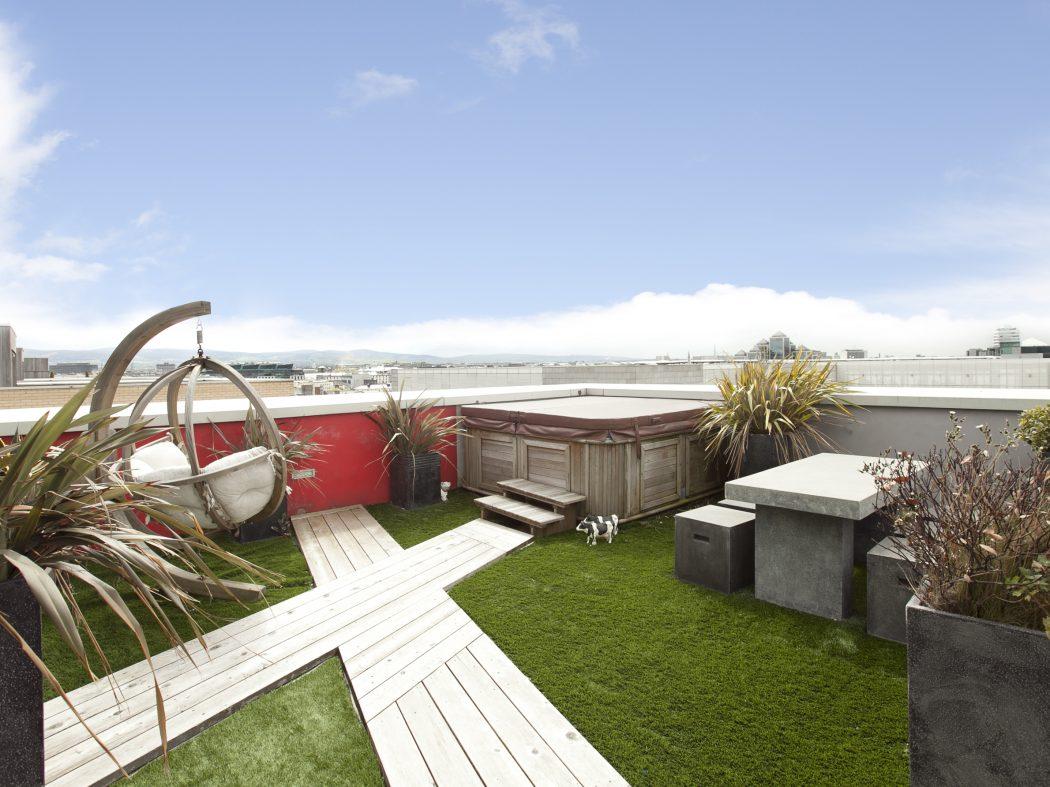 Clarion Quay roof garden