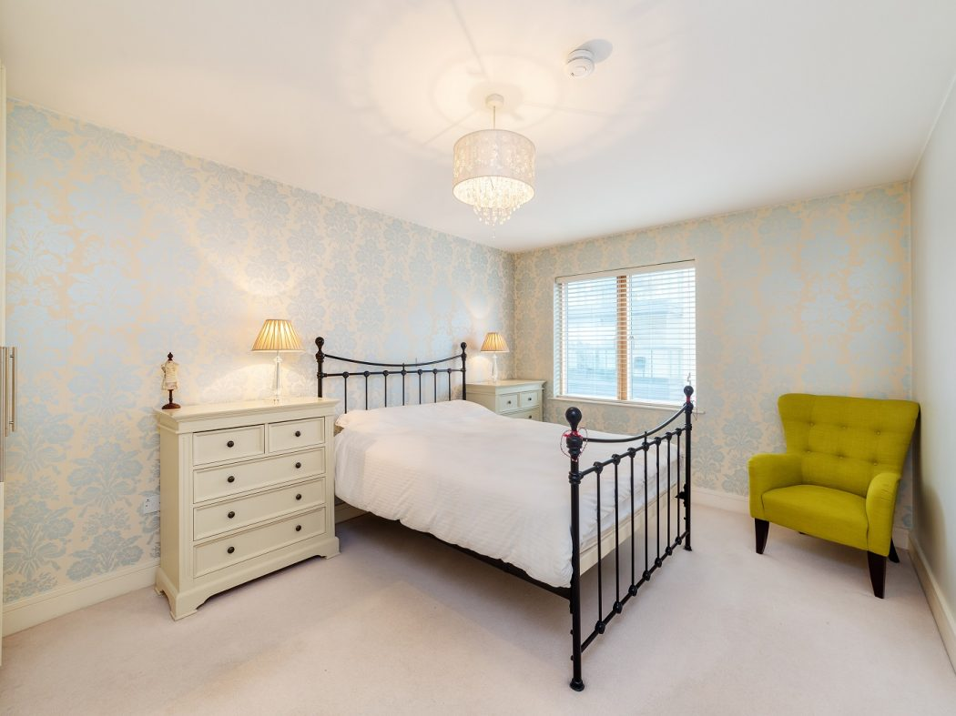 703 LBQ South - bedroom