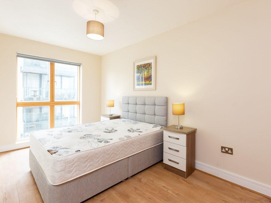 711 LBQ North - master bedroom