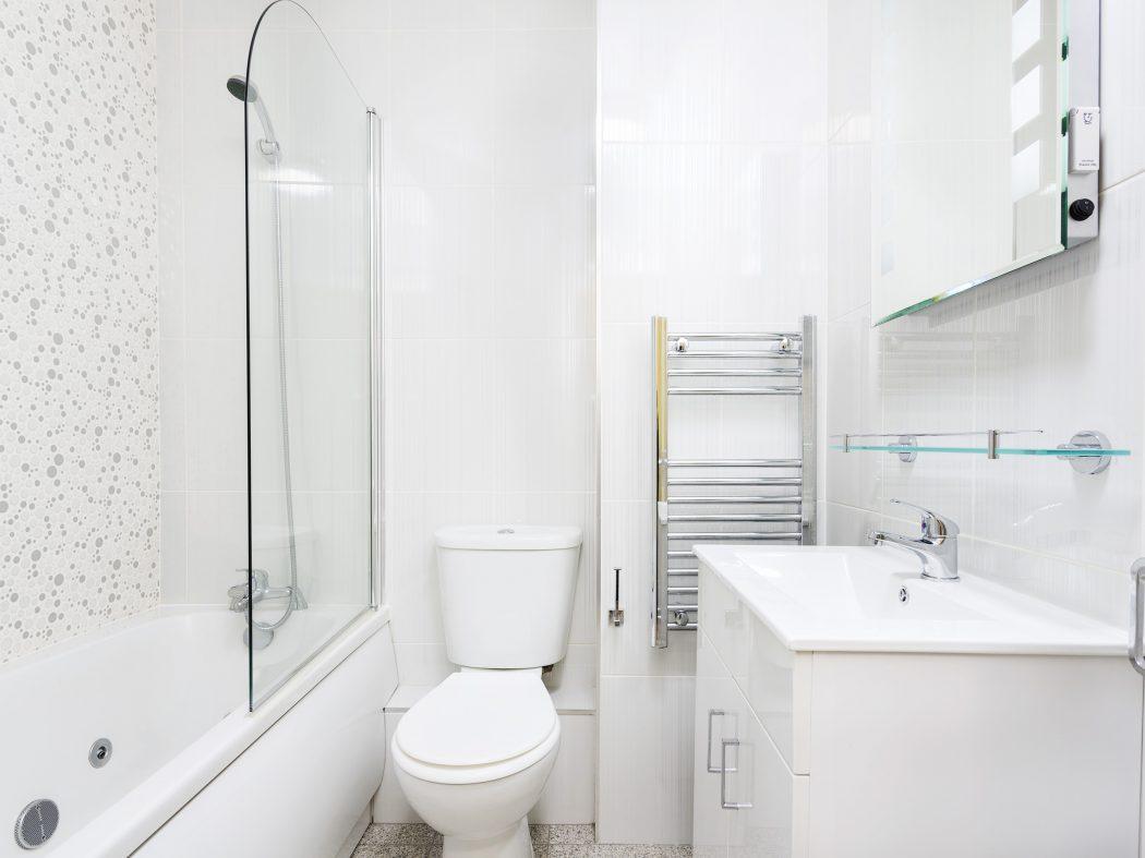 88 The Westmoreland - bathroom