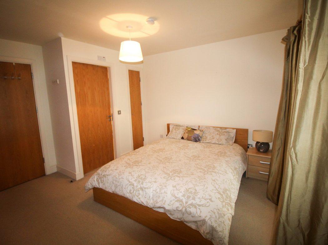 114 LBQ South - bedroom a