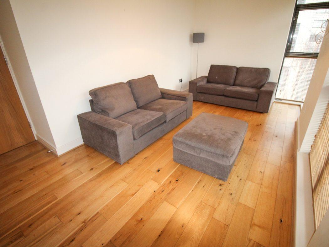 114 LBQ South - living area a