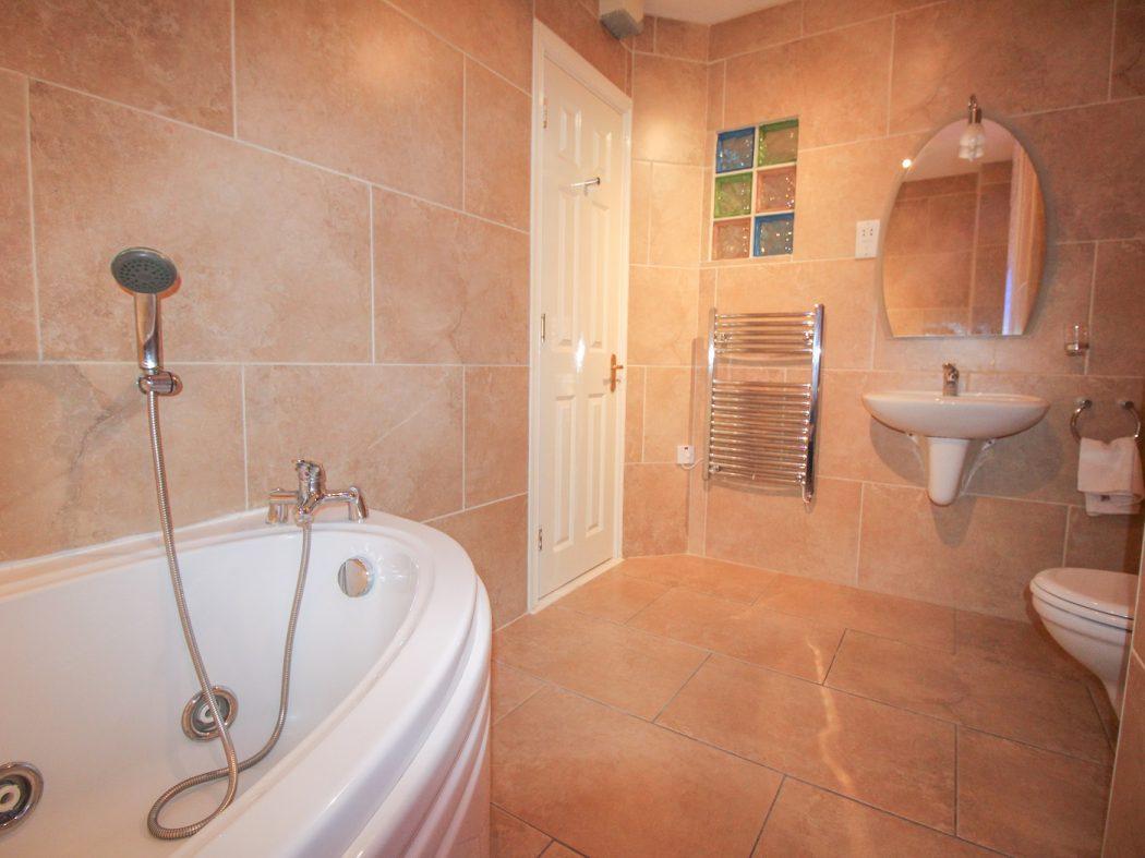 124 Berkley - Bathroom 2