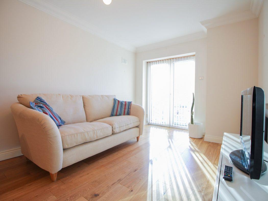 124 Berkley - living room 2