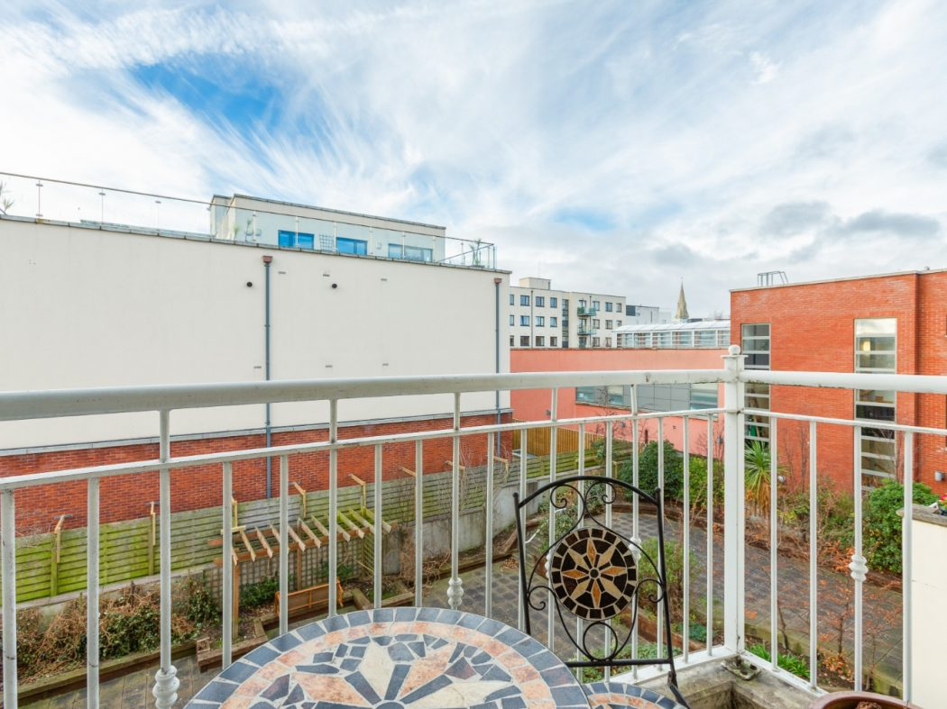14 Summerfield - Balcony 2