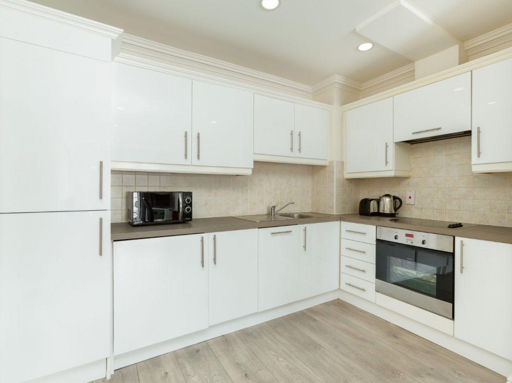 14 Summerfield - Kitchen