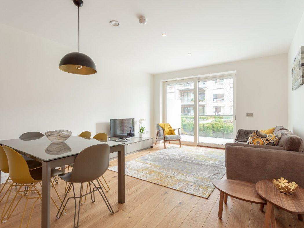 16 Orwell Hall - Living room