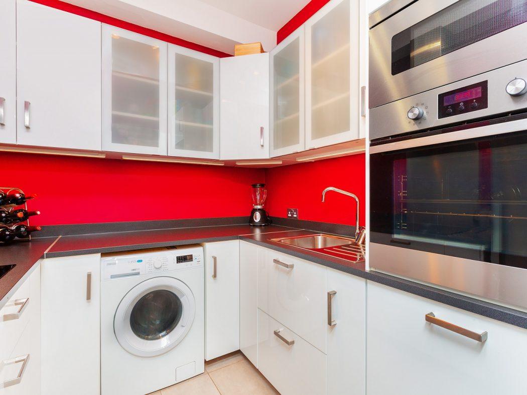 35 Aran House - Kitchen