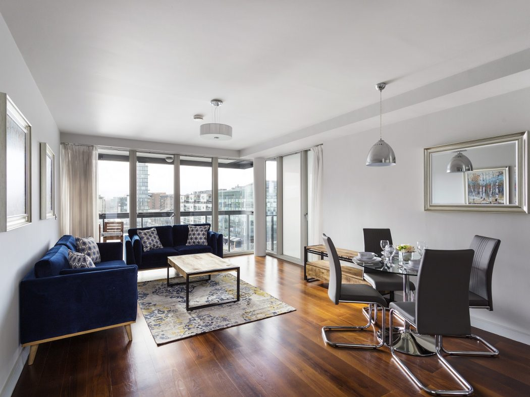 26HanoverDock-5- livingroom
