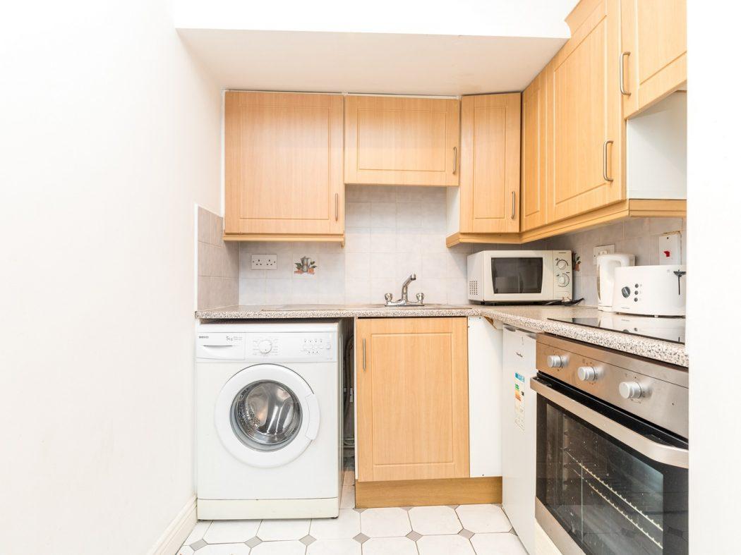 1. 21 Drury Hall - Kitchen