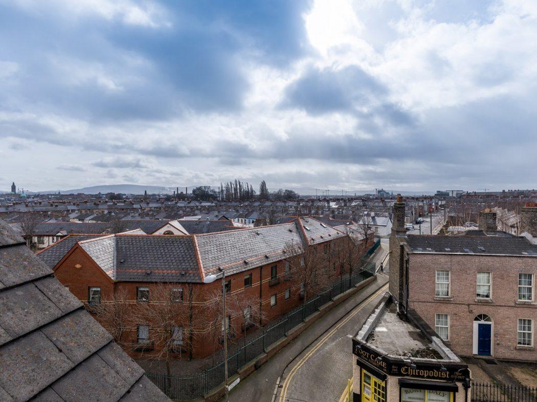 10A Kingscourt - 1. View