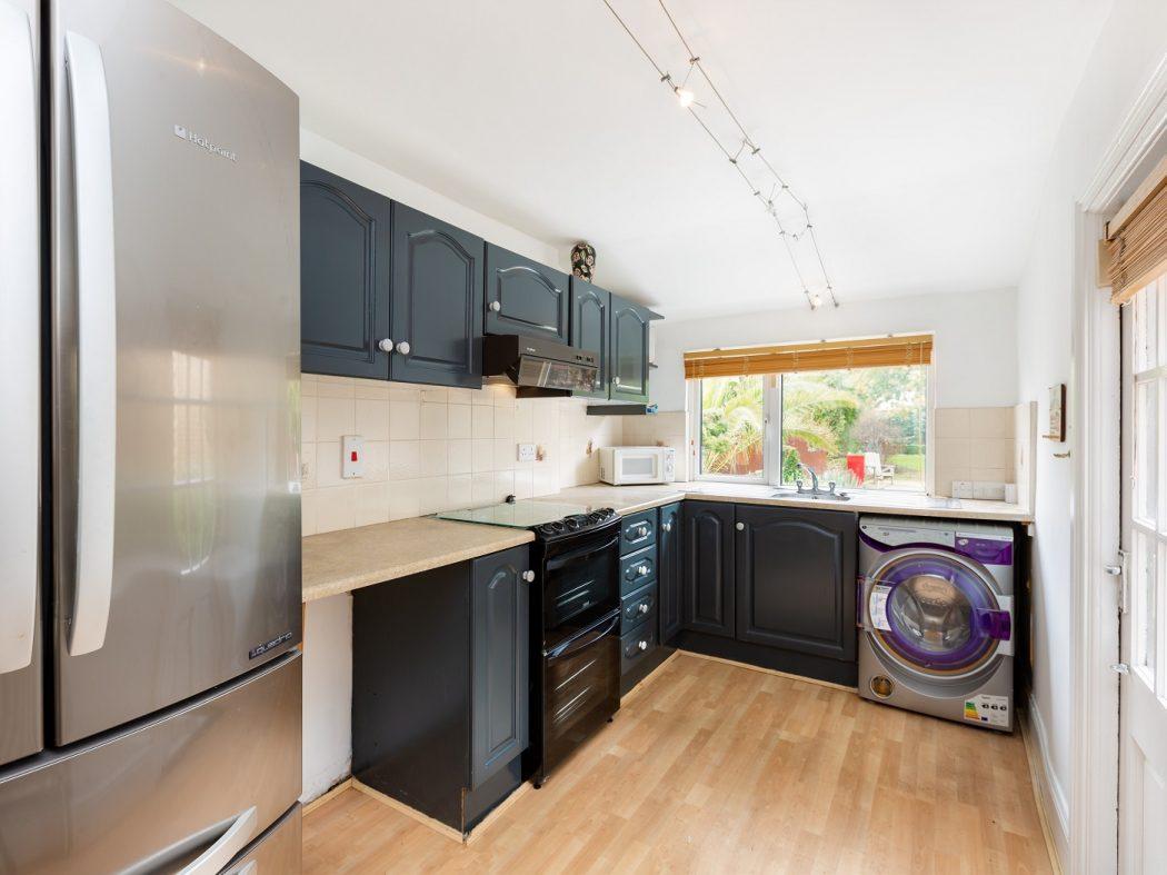 14 Marine Drive - kitchen