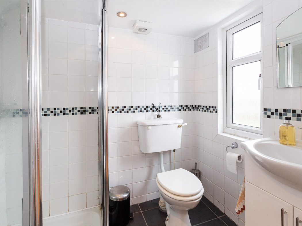217 Cashel Road - Bathroom