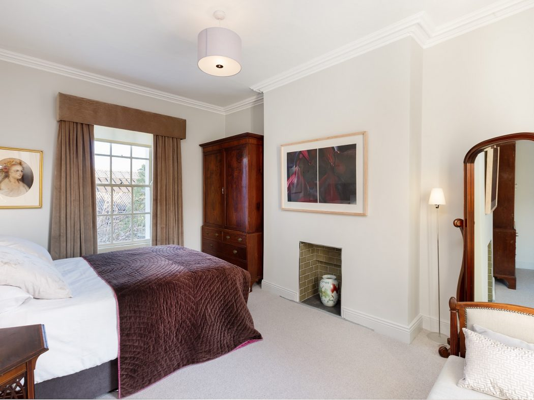 21UpperErneStreet- Bedroom c (2)