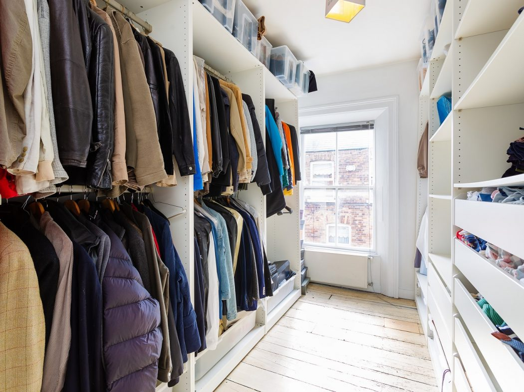 35 Rehoboth Place - Walk-in Wardrobe