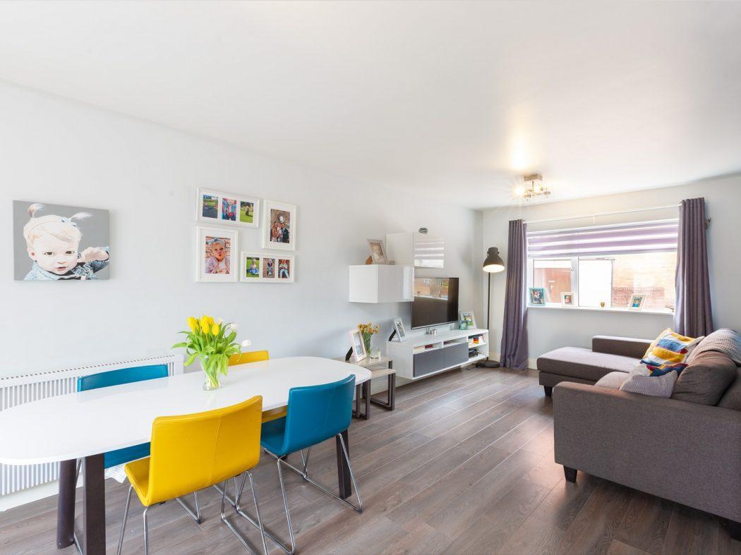 36 Swift Hall - Dning, Living area