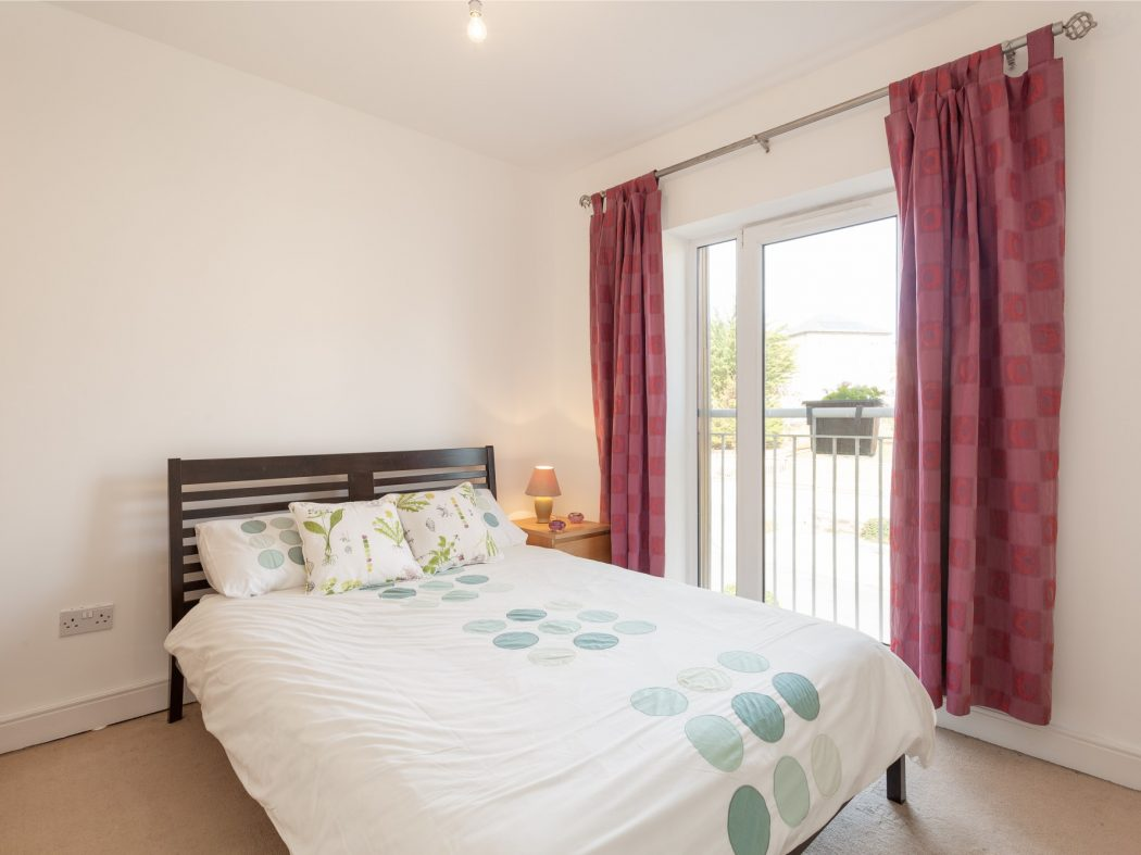 44 Cluain Shee - Bedroom
