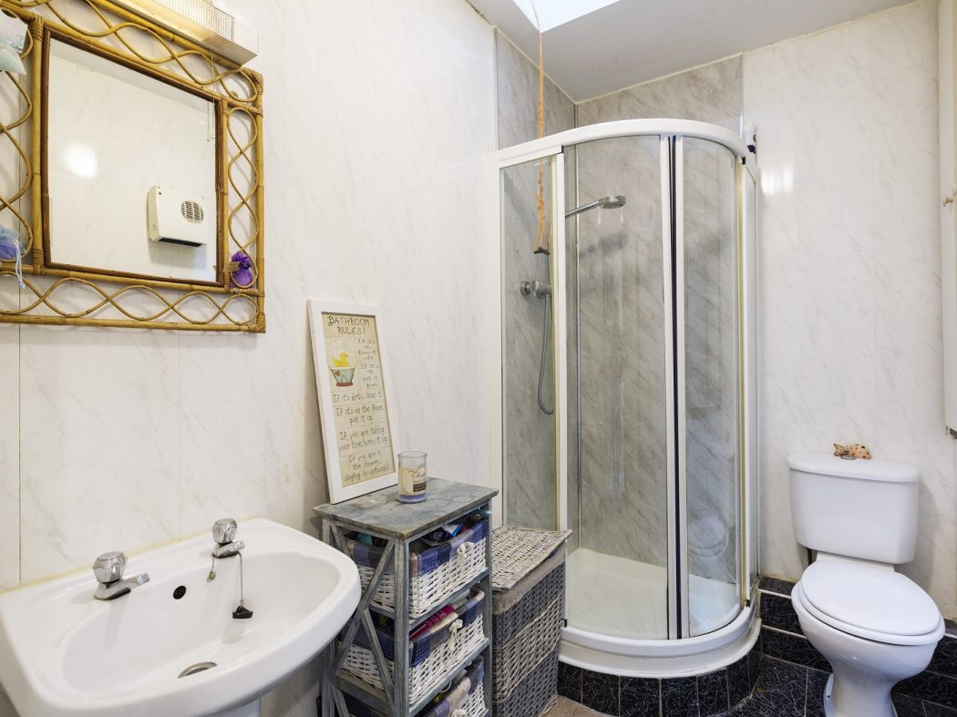 47 Donnybrook Manor - Bathroom