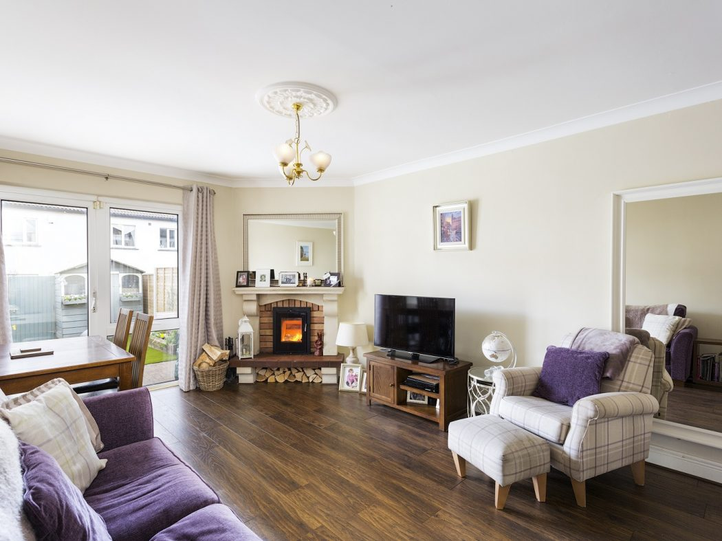 47 Donnybrook Manor - Living room