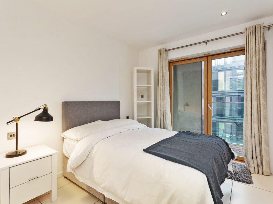56 Forbes Quay - bedroom