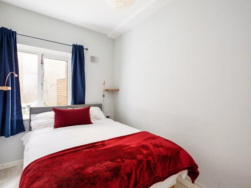 1 Tailors Court - Bedroom