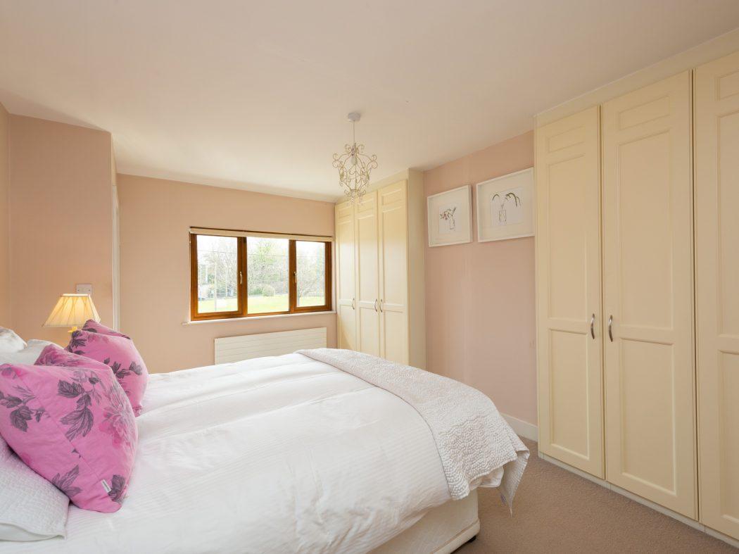 11 St. Luke's Crescent - Master bedroom