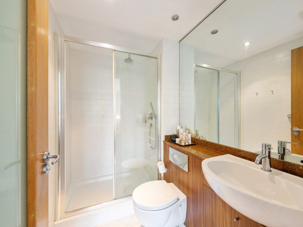3 Maple Hall - Ensuite