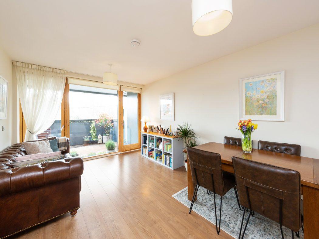 3 Maple Hall - Living room