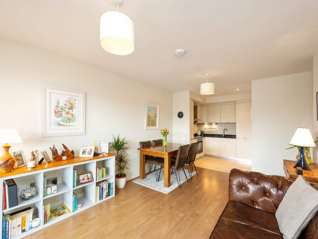 3 Maple Hall - Living room 2